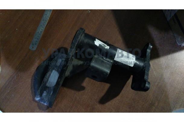 кронштейн крепления энергоаккумулятора HOWO WG9761345551 (1697)